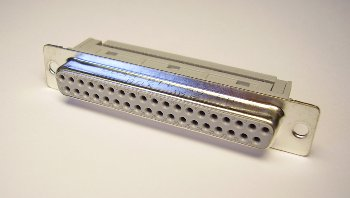 Buchsenleiste 37-polig D-Sub